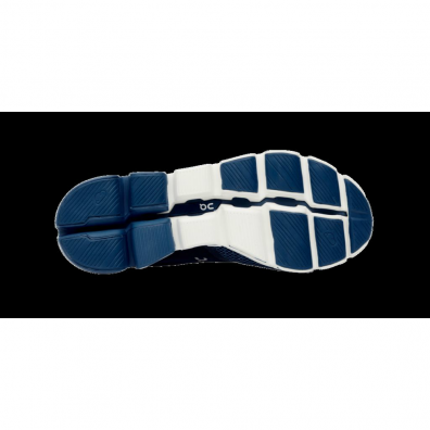 On-Cloudflyer-BlueWhite-2 sole